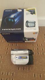 Sony DCR-DVD 110 Handycam Digital camcorder