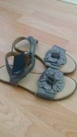 New leather m&s sandal size 5