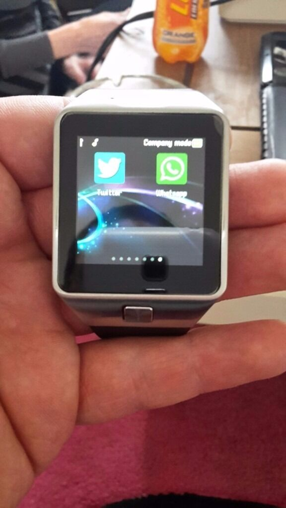Android Phone Smart Watchin Hull, East YorkshireGumtree - Android Smart Watch for sale, can text, call, use Internet, take pictures on it ect. In good condition has box ect but no charger (however standard phone charger works) £25 More info text 07835137427 NO TIME WASTERS