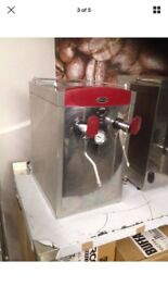 Instanta water boiler/steamer