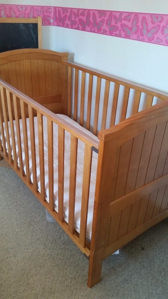 Pine cot bed with drop side from babies r us in for Beds 4 u ottery