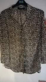 ladies blouse/shirt. size medium
