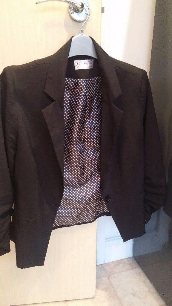 Cute 3/4 sleeve jacket size 12 black