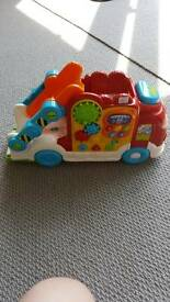 Toot toot drivers car transporter