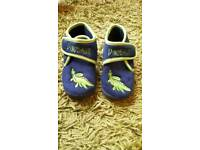 Size 9 boys slippers