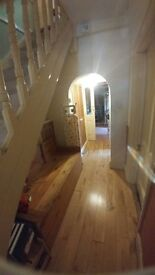 Large double Room, Central Kingston Area