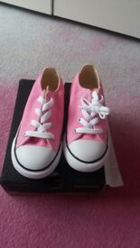 Infant girls pink converse brand new in box size 9