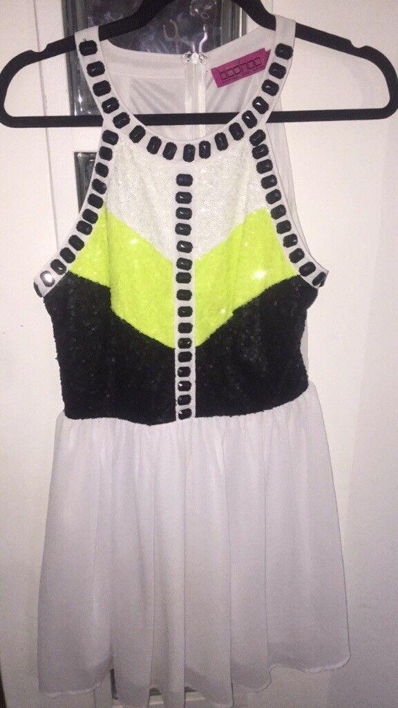 dbb8400d2d White black and yellow skater dress size 10