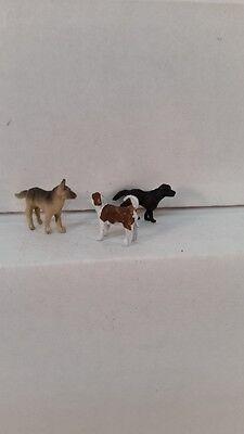 Arttista S Scale Figure 766 - Three Dogs - Animals - Model Trains New