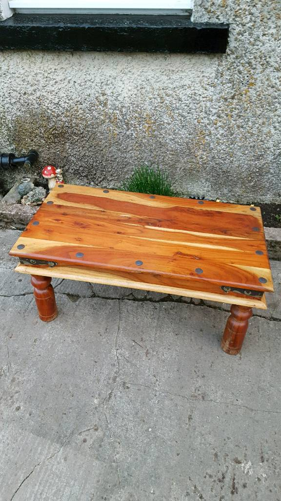 Coffee Table Retro Quite Heavyin AberdeenshireGumtree - Coffee Table Retro Quite HeavyStill in great condition quite a heavy coffee table this was quite expensive 4 years ago£40 please call on 01466 730229