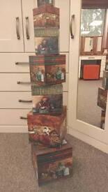7 nesting boxes (storage)