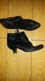 Ladies black clarks ankle boots size 6.5D