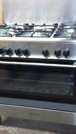 Kenwood 900 cooker, single large oven with grill. 5 gas burners on the hob. With splashback VGC