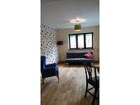 Newly decorated 1 bedroom annex flat in Thorley