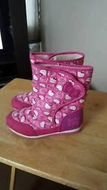 Hello kitty snow boots