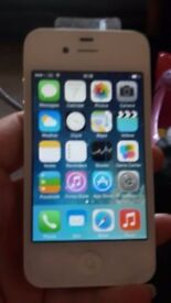 APPLE IPHONE 4S MINT AND WHITE AND ON VODAFONE AND LEBARA NETWORK 8GB