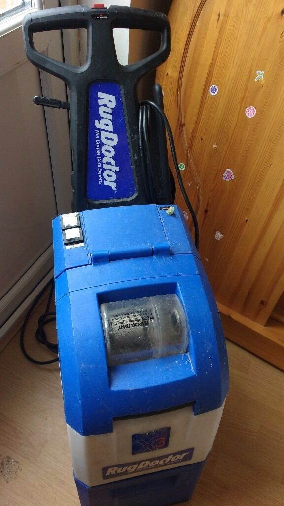 The Rug Doctor Deep Carpet Cleaner uses Dual Cross Action Brushes - two brushes under the machine designed to deep clean every side of carpet fibers. Rug Doctor Deep Carpet Cleaner.