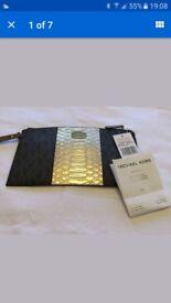 Michael Kors clutch wristlet purse bag New
