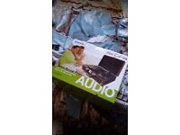 Akura Bluetooth Record Player (NEW BOXED)