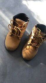 Unisex Kids Timberlands