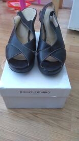 WOMENS RUSSELL&BROMLEY LONDON SIZE 39.5 BLACK