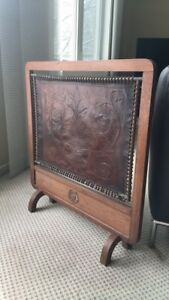 Decorative fireplace cover