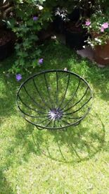 Large Wrought Iron Metal Basket 40cm