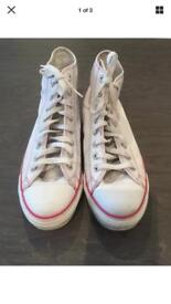 Converse trainer boots