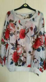 Lovely ladies print top size L