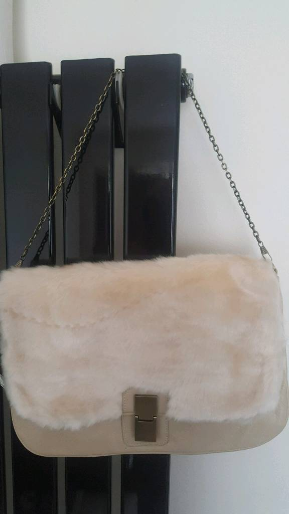 264e48b443 Cream fur BAG new with tags