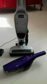 Vax dynamo cordless hoover with charging dock