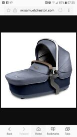 Silver cross wave carry cot