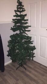 BRAND NEW CHRISTMAS TREE! 6ft
