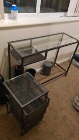 Desk +shelf