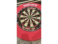 Winmau Blade 3 Dart Board / Unicorn dart-board surround / Unicorn Darts mat