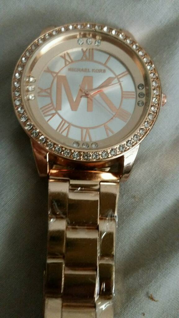 Ladys rose gold micheal kors watch