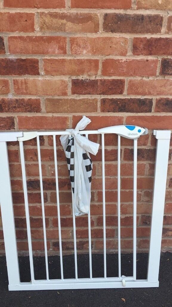 Baby Gate For Sale No Fixings Required In Caldicot