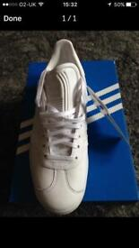 white leather mens gazelle trainers