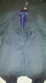 2 Piece Regualr Fit Navy Pinstripe suit