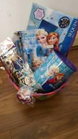 Frozen gift hamper
