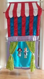 Early Learning Centre Finger, Hand Puppet, Marionette Theatre / Shop. Fabric theatre fits in doorway