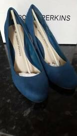 Size 6 Dorothy Perkins shoes