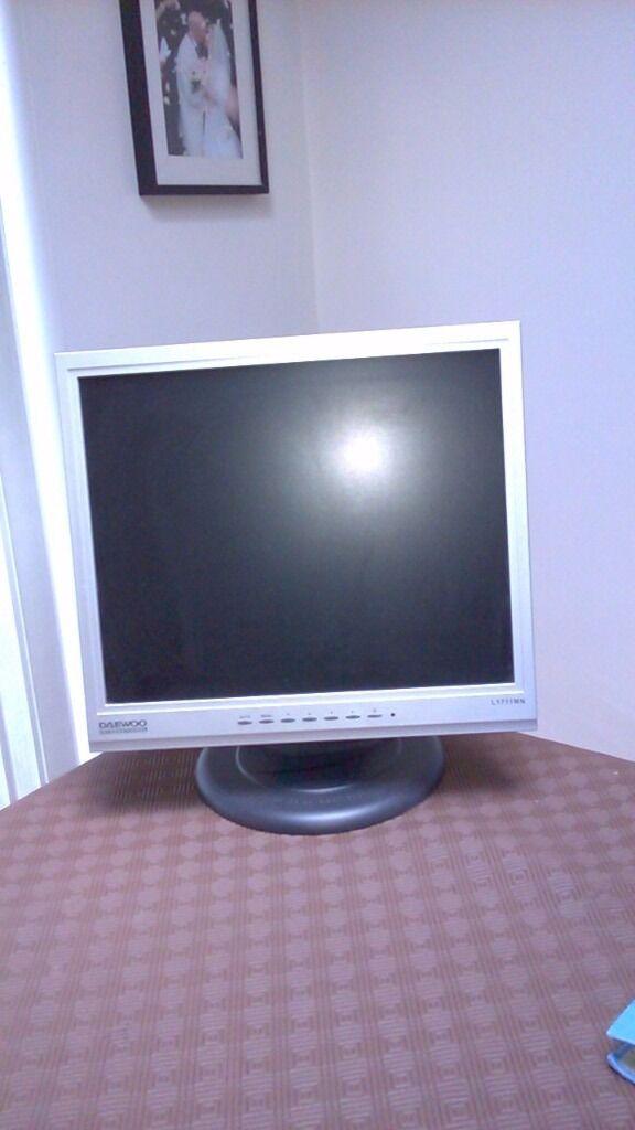 Daewoo Monitor 17