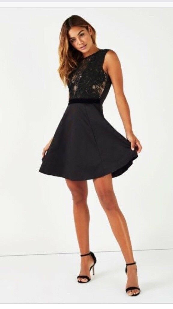 82d2905cc064 BNWT Ladies Lipsy black lace top skater dress. Size 8