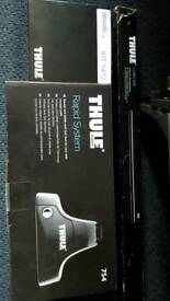 Thule roof bars, footpack and fitting kit