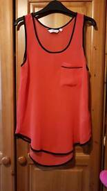 Red New Look Floaty Top. Size 8.