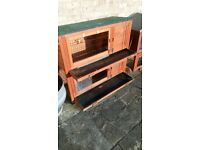 Large rabbit hutch and 8ft tunnel