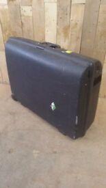 Carlton retro suitcase