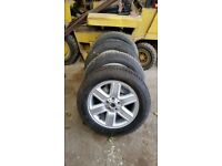 Set 4 Land rover Discovery 3 or Range Rover alloy wheels and tyres