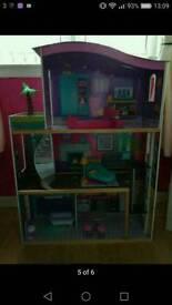 Dolls house fab price